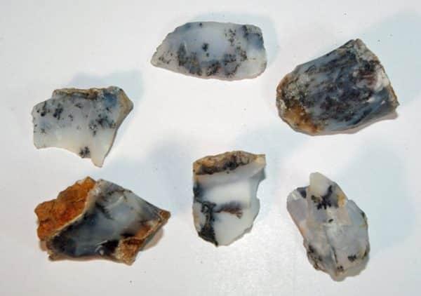 Merlinite (Raw)