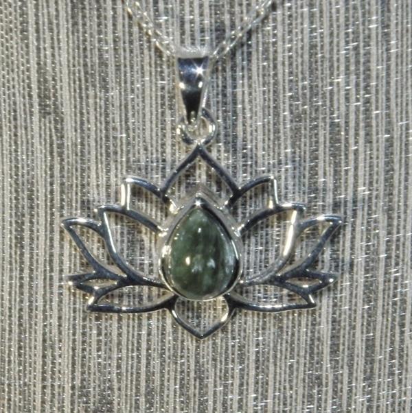 Seraphinite Silver Lotus Flower Pendant